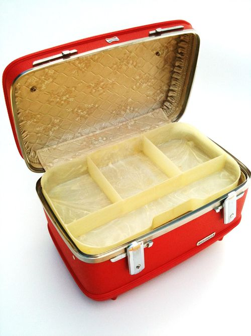 Vintage Red American Tourist Train Case